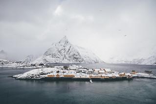 The islanders (Explore)