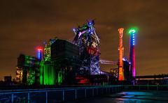 schön bunt ... (gabrieleskwar) Tags: abends landschaftspark duisburg bunt beleuchtung industriegeschichte industrie lichter outdoor park