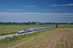 TGV 9248 @ Novara (Wesley van Drongelen) Tags: sncf société societe nationale chemins fer français francais paris milan parigi milano artesia tgv grande vitesse réseau reseau novara train zug treno 9248 tgv9248