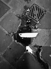 iPhone photo 21 - Firenze (Jacopo Pandolfini) Tags: bw iphone7 blackandwhite bn bianconero biancoenero strada street italia italy toscana tuscany firenze florence reflection riflesso puddle pozzanghera sporco dirty astratto abstract