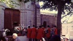 5-image034 (hemingwayfoto) Tags: frankreich gottesdienst jäger kirchweihfest lespare medoc menschen reise