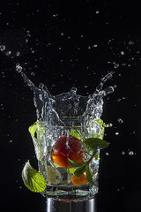 splash (hellenitta) Tags: splash water glass speed freez