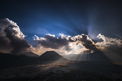 Divine Light (Trent's Pics) Tags: divinelight eastjava godrays mountbromo seaofclouds bromo clouds divine indonesia java landscape rays sunset