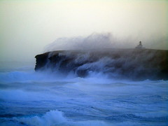 Brough of Birsay (stuartcroy) Tags: orkney island beautiful bay broughofbirsay weather white waves winter lighthouse