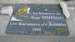Tom Simpson et le Mt Ventoux (johnslides//199) Tags: vent hiver course tourdefrance hommage col froid monte stle tape montventoux cyclisme tomsimpson cnotaphe coureurcycliste cyclime