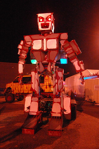 From flickr.com: Robot {MID-137301}