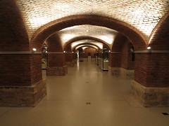 IMG_4299 (Rolf Brecher) Tags: berlin arch museumsinsel neuesmuseum bogengang brickstonevault rolfbrecherberlin