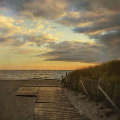 Hardings Beach (SLEEC Photos/Suzanne) Tags: sunset seascape beach lensbaby clouds fence coast path capecod massachusetts chatham coastal textured hff hardingsbeach happyfencefriday