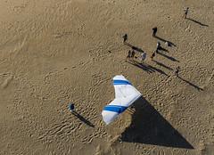 Above Jockeys Ridge Kitty Hawk NC (Wind Watcher) Tags: light kite green nc hawk ds kitty levitation kap windwatcher