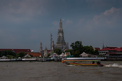 Wat Arun from Chao Phraya (robertofaccenda.it) Tags: trip travel vacation thailand temple los asia bangkok siam thailandia viaggi holydays bkk vacanze tempio krungthep sudestasiatico asiansoutheast cittdegliangeli