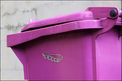 Sweet Toof (Alex Ellison) Tags: urban streetart graffiti sticker boobs tag teeth gums bin eastlondon hackneywick mlc sweettoof