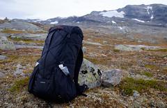 Laufbursche huckePACK (wilhelmberg) Tags: norway trekking fuji outdoor herbst norwegen backpacking backpack fujifilm 1855 rucksack wandern hardangervidda xseries huckepack xt1 herbsttour laufbursche