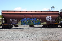 Roda HBAK (BombTrains) Tags: road railroad art train bench graffiti paint tag graf ngc rail spray graff freight bnsf roda fr8 benching hbak 404052