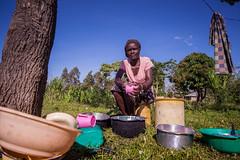 Doing the dishes | Kenya (ReinierVanOorsouw) Tags: kenya health wash kenia hygiene ngo sanitation kakamega kenyai kisumu beyondborders gezondheid qunia  simavi   beyondbordersmedia beyondbordersutrecht sanitatie ngoproject