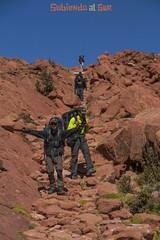 El disfrute de la montana, por Arturo Rugh (Subiendo al SUR) Tags: argentina trekking andes montaa caminata jvenes noa cordillera humahuaca jujuy juventud noroesteargentino subiendoalsur caspal sualsur