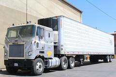 Mack (So Cal Metro) Tags: truck la losangeles semi mack coe tractortrailer cabover