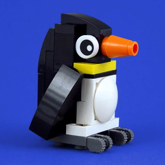 Cuddly Toys: Penguin (Swan Dutchman) Tags: lego toy cuddlytoy stuffedtoy plushtoy plushies snuggies stuffies snuggledanimals stuffedanimals softtoys knuffel knuffelbeest knuffeldier penguin pinguin