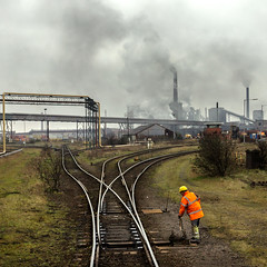 Smell the Atmosphere (Kingmoor Klickr) Tags: britishsteel scunthorpe industrialrailway industry steelworks shunter railway