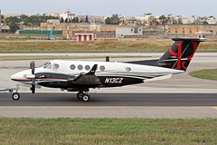 N13CZ LMML 21-04-2017 (Burmarrad) Tags: airline private aircraft beechcraft b200 super king air registration n13cz cn bb684 lmml 21042017