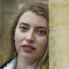 Solenne (liofoto) Tags: canon eos6d canon50mm18stm couleurs colors modèle face visage portrait beauty girl woman yeux eyes regard