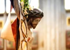 Jesus Christus unser Heiland und Erlöser (videamus) Tags: catholic architektur catholique kirche christen church deutschland eglise germany europa heimat iglesia allemagne sakralbau rheinland nikon nikkor kirchen kreuz katholisch katholische kloster von nrw römisch mittelalter gotteshaus altar land kerk heiland christentum christus pray rheinisch heilig gott gottes sohn glauben god sakral säulen tod sterben hoffnung leiden passion christi herr erbarme dich unser retter erlöser krone todesstunde kön romanische ostern