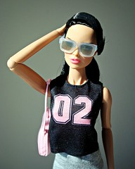 Vanessa 02 (Deejay Bafaroy) Tags: fashion royalty integrity toys fr fr2 doll puppe barbie explorer vanessa perrin portrait porträt sunglasses sonnenbrille pink rosa black schwarz