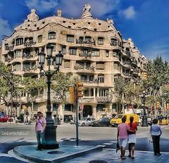 "Antoni Gaudís building ""La Pedrera"" or ""Casa Milà"" (Tankartartid) Tags: lapedrera casamilà gaudí barcelona spain building instagram"
