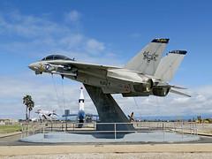 F-14A Tomcat 158623 of VX-30 (JimLeslie33) Tags: f14 tomcat 158623 vx30 blood hounds fighter usn navy naval aviation grumman bh nas point mugu test canon g3x f14a