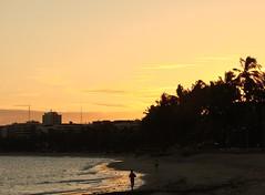 a long time ago (Ruby Ferreira ®) Tags: silhuetas silhouettes sand beach orla brazil brasil northeastbrazilian praia sonydsch5