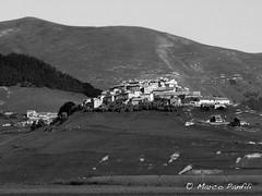 Castelluccio 2014-27 (marcopanfili) Tags: castelluccio norcia castellucciodinorcia umbria italia gubbio biancoenero blackandwhite