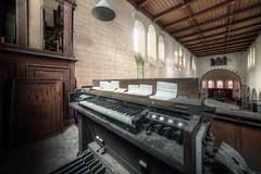Raven's organ (Michal Seidl) Tags: abandoned church verlaten kerk opuštěný kostele eglise abandonee belgium urbex hdr organ varhany lost decay