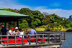 Teahouse of Hama-rikyu Gardens : 浜離宮恩賜庭園中島の御茶屋 (Dakiny) Tags: 2017 spring april japan tokyo chuo chuoward park garden hamarikyugardens city street outdoor lanscape people architecture japanesearchitecture pond nikon d7000 sigma 1770mm f284 dc macro os hsm sigma1770mmf284dcmacrooshsm nikonclubit