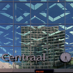 (ohank1951) Tags: geometrie geometry reflections reflecties blue line lines contrast quadrado vierkant rechthoek gevel wall clock klok roof dak squares glas glass construction architectuur architecture station railwaystation bahnhof architect pietervanrooij benthemcrouwelarchitects denhaagcentraal thehague denhaag ns prorail spoor treinen canoneos1100d efs1022mmf3545usm