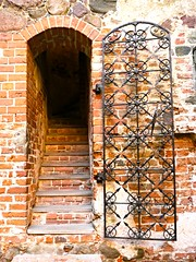 Trakai, Lituanie (Marie-Hlne Cingal) Tags: door puerta iron porta porte tr fer trakai lietuva lituanie