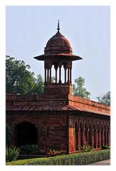 Agra IND - Taj Mahal Chhatri 01