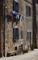 Pienza Washday (dunne_s) Tags: street italy tuscany pienza washing tuscana popepius2