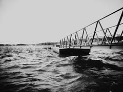 Unfriendly (roberteklund) Tags: hornsbergsstrand bw blackandwhite blackwhite sverige sweden stockholm 2014 vår spring waves ulvsundaviken bridge kungsholmen bnwphotography blackandwhitephotography blackandwhitephoto outdoors bnw