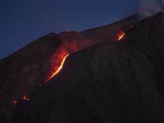 Eolie 147b - Stromboli (Valerio Lorusso) Tags: sunset island volcano lava islands tramonto smoke sicily vulcan coulee sicilia vulcano eolie stromboli aeolian fumo lavaflow isole colata colatalavica