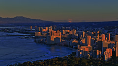 Waikiki and the sunrise (jcphoto-2013) Tags: sunrise hawaii diamondhead