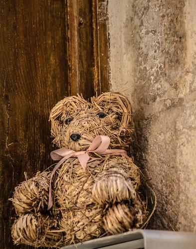 Straw bear