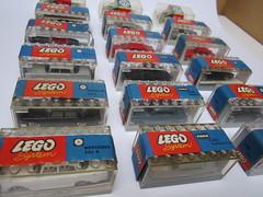 LEGO 1:87 overview (jeroenvandorst) Tags: ford vw vintage volkswagen mercedes lego fiat garage citroen beetle jaguar morris ho 187 taunus ghia opel vauxhall etype karmann rekord kafer banderole