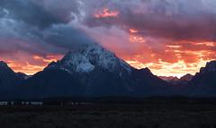 Sunset at Mount Moran (Bonnie Bowne) Tags: landscape wyoming tetons grandtetonnationalpark