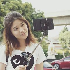 ติด Selfie หนักกว่าเดิม!! เพราะเจอของโดนใจ ถ่ายมุมไหนก็โอ XperiaC3 แสงแฟลชสวย ภาพชัด หน้าใส ราคาไม่แพง ที่สำคัญคือ...เครื่องเบาไป๊ เลิฟเลย <3<3<3 #PROselfie #XperiaC3 #Selfiephone #Sonymobileth