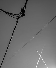 Con Trails (infinity over zero) Tags: sky bw contrail samsung wires s4