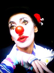 life selfportrait travelling make one photo clown makeup maggie joker ritratto innerpeace fairplay pagliaccio trucco onlyonelife barbarabonanno bnnrrb jokerj