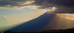 Marvelous (Blas Torillo) Tags: sunset naturaleza nature silhouette méxico clouds contraluz mexico atardecer volcano nikon nubes puestadesol puebla popocatepetl professionalphotography volcán popocatépetl fotografíaprofesional mexicanphotographers d5200 fotógrafosmexicanos nikond5200