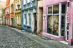 "girl from window shop (Smo_Q) Tags: street trip woman girl loneliness empty femme poland polska polen delicate polonia польша ulica zielonagóra 波兰 ポーランド 폴란드 ""pentax k5"" masarska heartlikeice"