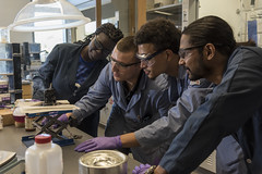 20160912_Salerno_URI_ChemistryStudents-0196 (University of Rhode Island Photos) Tags: beauprecenterforchemicalandforensicstudies chemistry research laboratory students lab labcoat beaker flask