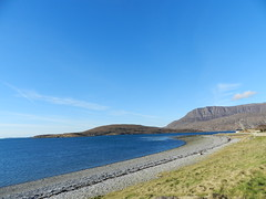 Isle Martin from Ardmair, West Coast of Scotland, Feb 2017 (allanmaciver) Tags: isle martin ardmair west coast scotland water loch broom peeble beach curve allanmaciver