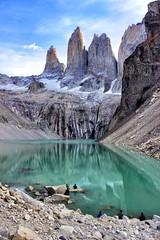 Torres del Paine. (Stephanie topp) Tags: montaña mountain travel nature naturaleza paisaje paisajes torres del paine chile torresdelpaine patagonia natgeo colores sur circuitow